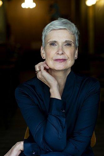 Ulrike Hübschmann Portrait 1